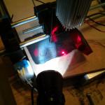 Lasercutter im Betrieb